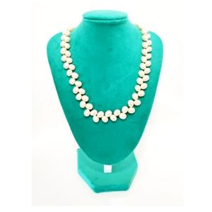 Vintage Pearl and silver tone necklace